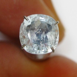 safir putih kristal bening terang